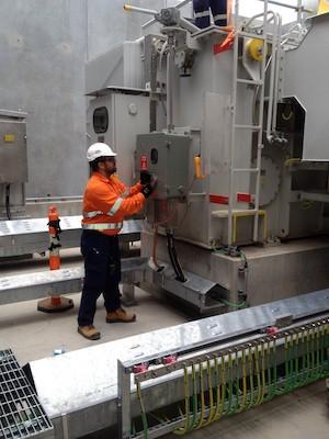 electrical_services_hv_testing_hv_testing_equipment_worker_repairs_industry-1103780.jpg