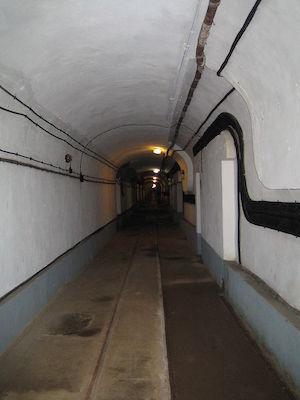 900px-Tunnel_im_Four_à_Chaux.jpg